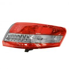 10-11 Toyota Camry (US built) Outer Taillight RH