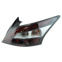 12-14 Nissan Maxima Outer 1/4 Panel Mounted Taillight RR