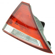 15 Toyota Camry; 16 Camry (w/Clear Reverse Lens) Inner Trunk Panel Mounted Taillight RR