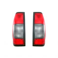 2000-04 Nissan Frontier Tail Light Pair