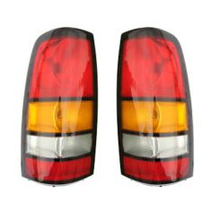 2004-07 GMC Sierra Tail Light Pair