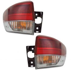 17 Toyota Highlander Outer Tail Light Pair