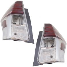 15-17 Toyota Prius-V Tail Light Pair